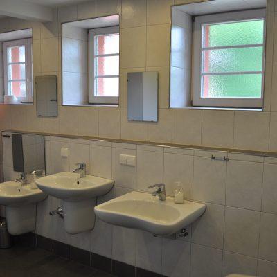 Toilette EG Jungen
